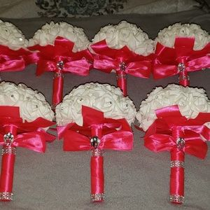 Hot pink bridesmaid bouquets